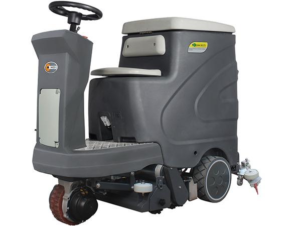 M2906驾驶式扫洗一体机